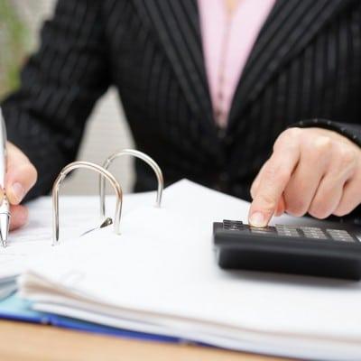 accountant-01.jpg